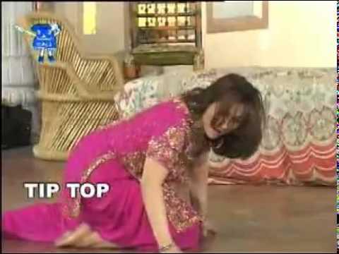 Lahore Shar Wich Jhuppi Paye   Nargis Mujra   YouTube