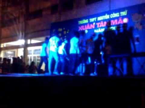 Lien khuc Boys Band THPT Nguyen Cong Tru