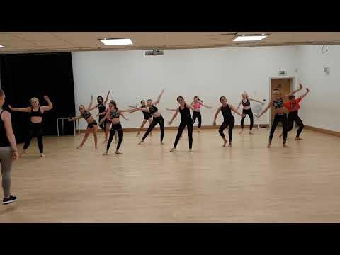 Inter Musical Theatre - Hairspray