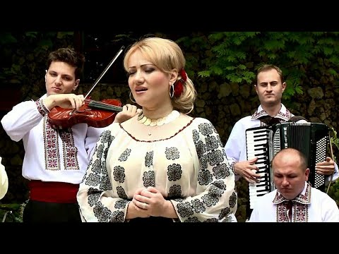 Adriana Ochişanu cu orchestra Rapsozii Moldovei - Mama mea