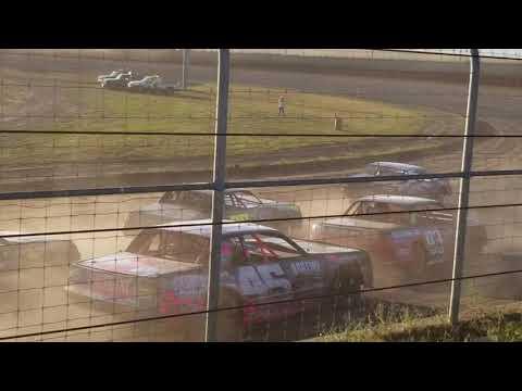 9-15-18 Junction Motor  Speedway IMCA Stock Car Feature Kyle Dumpert