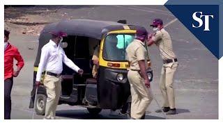 Indian Police Use Violence Against Coronavirus Lockdown Offenders