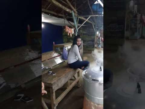 penjual jagung cantik