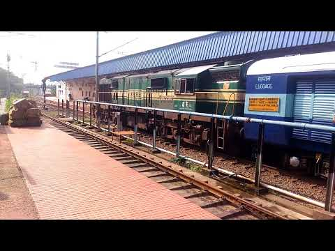 Palakkad Junction Train announcement + WDG3A Locomotive  Startup Video