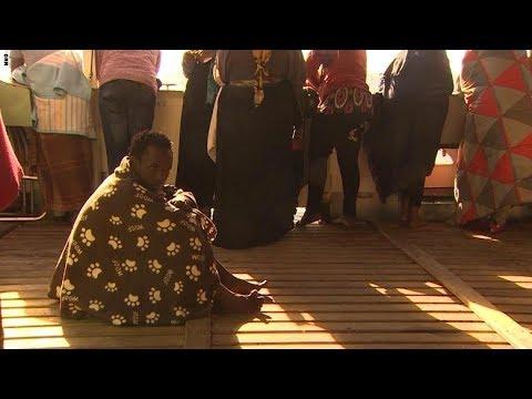 مهاجرون يروون قصصاً موجعة عن حالات التعذيب في ليبيا  - 17:24-2018 / 2 / 20