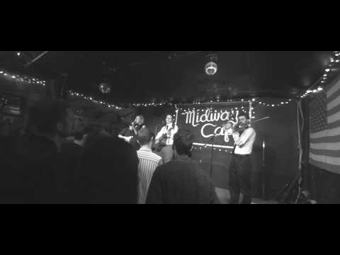 """Modern Painters - """"Beautiful Arrangement"""" & """"On Ice"""" Live at Midway Cafe (10.2.17)"""