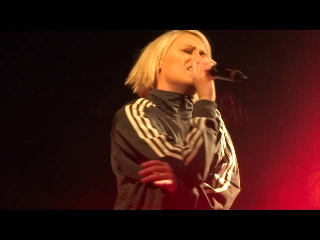 tonight-alive-lonely-girl-live-in-san-diego-3-18-16-therealconcertking