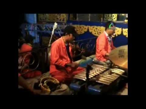 Gending Tatalu 3 - Sandiwara Dwi Warna