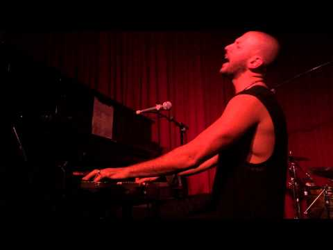 Ryan Star - Famous Love & I Won't Back Down (LA)