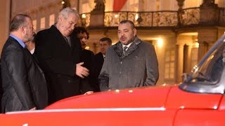 Des voitures de collection offertes à Mohammed VI (Bladi.net)
