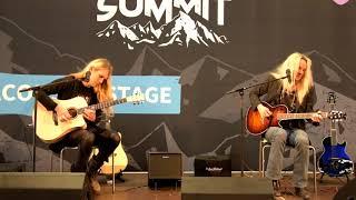 Rob Marcello & Ragnar Zolberg playing Hughes & Kettner era 1 at Guitar Summit 2017