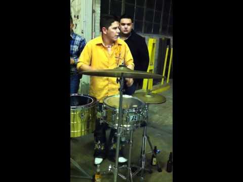 Banda La Enkantadora-El Toro Viejo