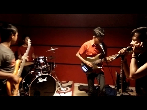 Drive - Wanita Terindah Cover Horta Band
