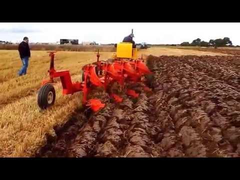 International BTD8 & Crawford Plough