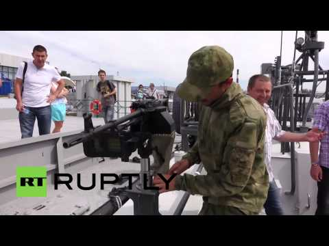 Russia: Kalashnikov shows off its new assault boats at IMDS 2015