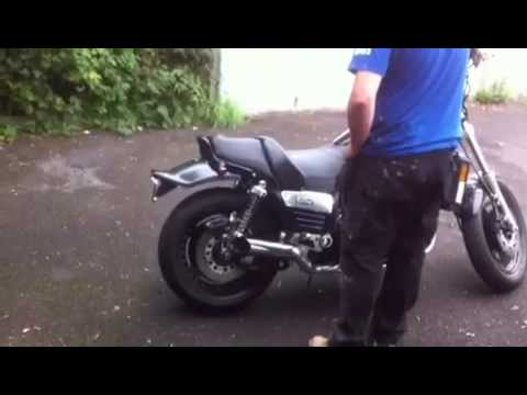 Yamaha Vmax UFO Quadzilla Exhaust Sets Off Car Alarm