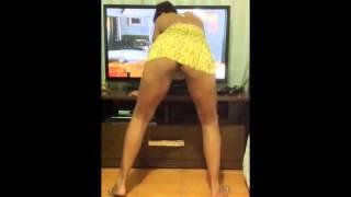 ᴴᴰ Novinha Dançando sem calcinha