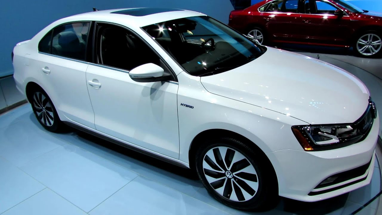 2015 Volkswagen Jetta Hybrid   Exterior And Interior Walkaround   2014 New  York Auto Show   YouTube
