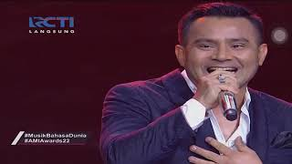 Gambar cover Judika ft. Andmesh Kamaleng - Cinta Luar Biasa & Jikalau Kau Cinta @ AMI Awards 2019