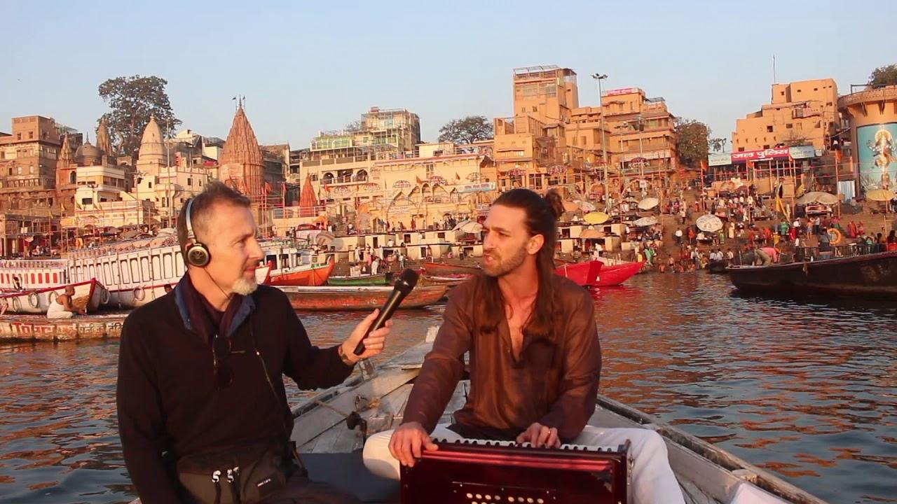 CHANTER :                              SITA RAM - Live à Varanasi