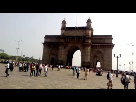 Famous Gateway Of India, Tourist Attractions