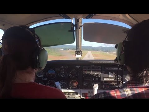 Flying around Massachusetts and New Hampshire in a Piper Warrior (PA28)