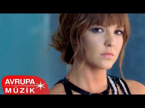 Bengü - Gelen Seni Soruyor (Official Video)