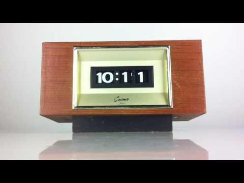 Vintage Cosmo digital rolling numbers clock Japan