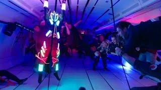 Parabelflug: Tanzen in der Schwerelosigkeit