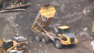 Deere 350D articulated dump truck in action