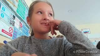 Один день в школе... 10 октября. Урок технологии и математики. Круто, беспалевно... Viki Vlog