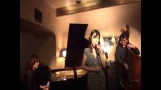 NARU(ナル) 東京は代々木の老舗のジャズ・ライブハウス。 うんと...