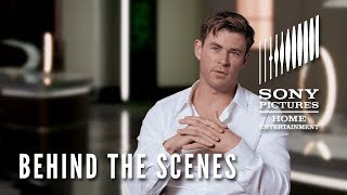 Men in Black: International -  Behind the Scenes Clip - Lets Do This: Chris Hemsworth