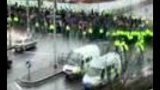 police escorting spurs fans to ninian park