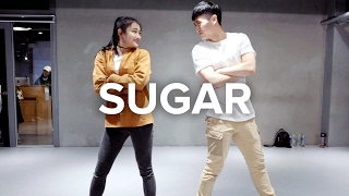Eunho Kim teaches choreography to Sugar by Maroon 5. Learn from ins...