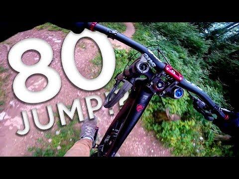 LA PLUS GROSSE PISTE DE FREERIDE? +de 80 Jumps! Chaumont