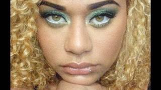 Lean Green Makeup Machine