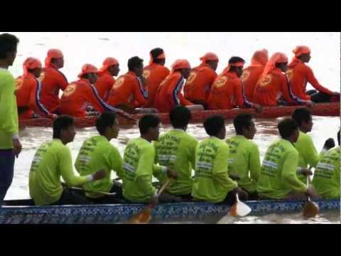 Boat Racing Festival on the Mekong River, Vientiane Capital