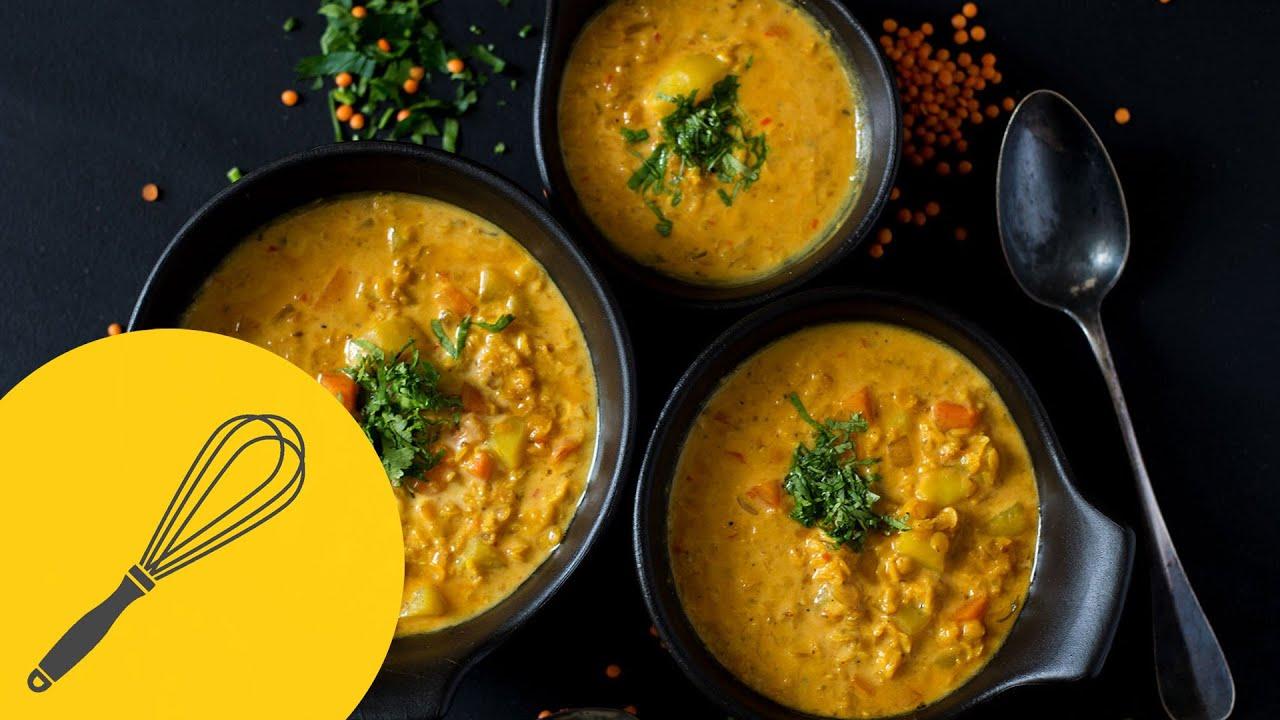 Indische Dal Suppe mit Kokosmilch | Vegetarische rote Linsensuppe ...