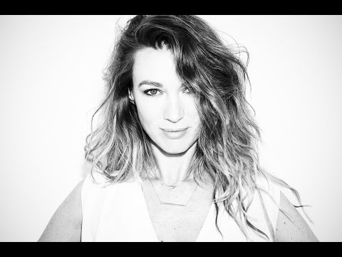 Natalie Zea Go-See Interview