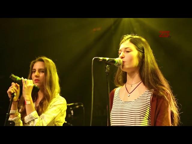 Mariam und Danielle -