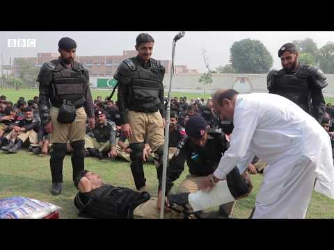 Peshawar Police is equipped with First Aid Boxes now - BBCURDU