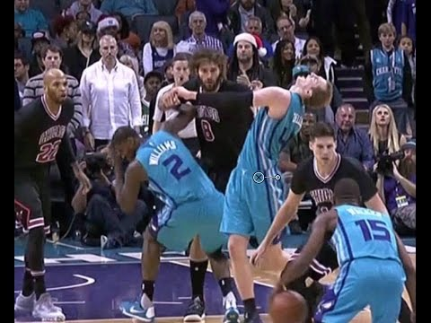 Robin Lopez ELBOWS Marvin Williams and Cody Zeller gets EJECTED |12/23/16