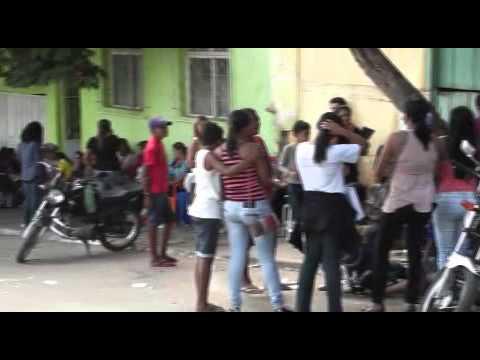 BRASILMINENSES PASSAM HORAS EM FILA NA LUTA PELA CASA PRÓPRIA - 16-07-2014