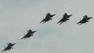 圧巻編隊ローリング!!! F-15イーグル5機によるフライバイ!!! 小松基地航空祭 thumbnail