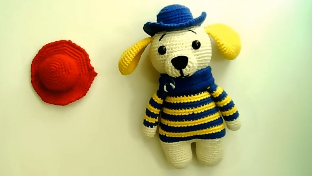 Amigurumi şapkalı köpek yapımı Amigurumi şapkalı köpek şapka yapımı -07