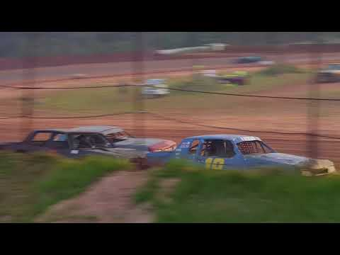 Factory Stock Heat Race @ 105 Speedway 6-9-18