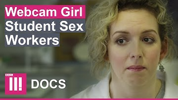 """""""I MADE £1.49 A MINUTE AS A WEBCAM GIRL"""" 