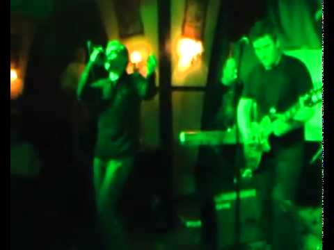 STATION: / Hungarian U2 tribute band/ - With or without you / Live Silenus /
