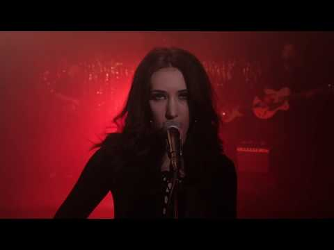 Aubrie Sellers // Light Of Day (Performance)